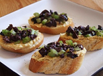greek-crostini
